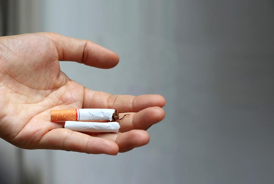 Μόνο οι καπνιστές μπορεί να νοσήσουν από καρκίνο του πνεύμονα